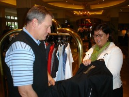Tiss Dahan discusses apparel with David Bradley of TMaG Canada